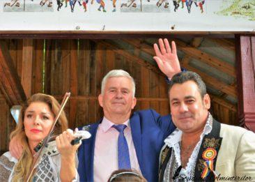 DSC6533 366x261 - Danicei Valcea - Poze si Filmari - Studioul Amintirilor Fotofraf Valcea Danicei